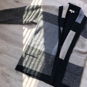 Colorblock Pocketed Cardigan